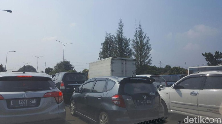 Tol JORR Ramp 3 Cikunir Buka Tutup, Lalin Dialihkan ke Kalimalang