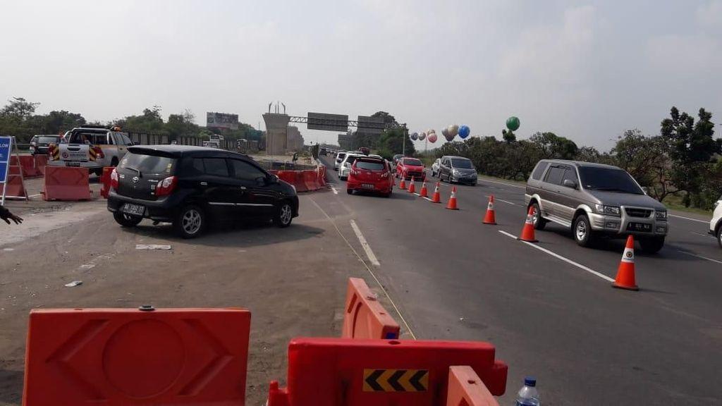 Arus Balik, Tol Cikampek Arah Jakarta Contraflow Sejak KM 47