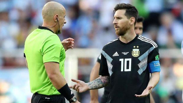 Lionel Messi absen karena kecewa dengan penampilan timnas Argentina di Piala Dunia 2018.