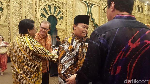 WNW Hingga Ridwan Kamil Hadiri Open House di Kediaman OSO