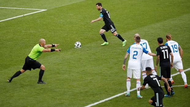 Lionel Messi gagal membawa Argentina menang atas Islandia.