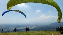 Paralayang, Atraksi Wajib Saat Mudik ke Majalengka