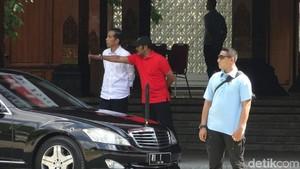 Momen Jokowi Tengok Wajah Baru Balai Kota Surakarta