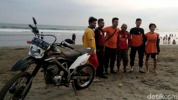 Balawista Sukabumi, Bekerja 'Sajuta' Meski Pertaruhkan Nyawa