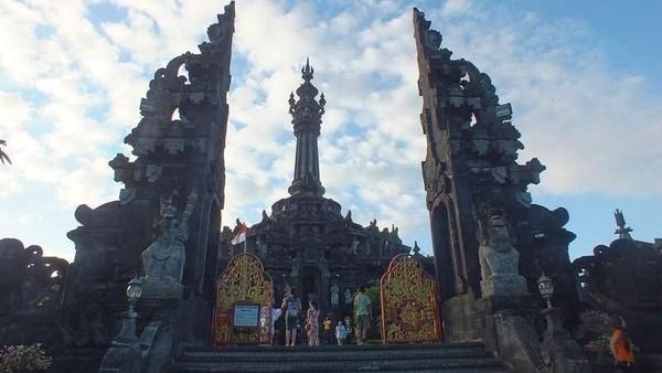 Para virgo bisa mengunjungi Monumen Bajra Sandhi. Landmark bersejarah ini menampilkan perjuanagan penduduk lokal Bali saat berjuang untuk kemerdekaan. (Ambara/dTraveler)