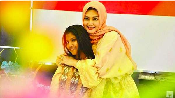 Potret Manis Keluarga Bella Saphira & Mayjen TNI Agus
