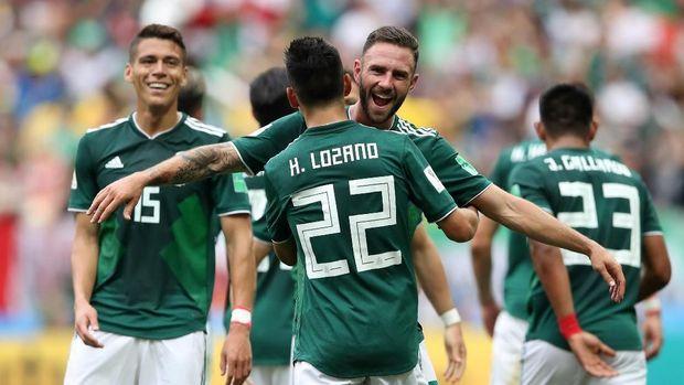 Timnas Meksiko meraih kemenangan mengejutkan atas Jerman di laga pertama.