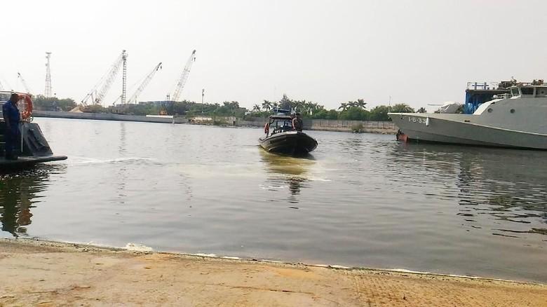 Polisi Masih Cari Buaya yang Berkeliaran di Tanjung Priok