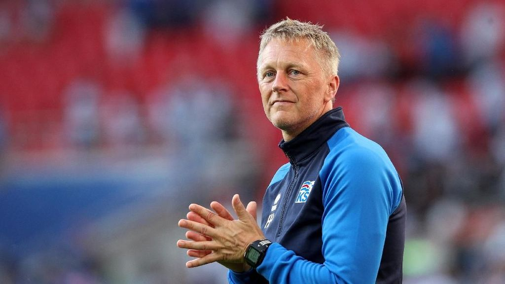 Tahan Imbang Argentina, Pelatih Islandia Ternyata Seorang Dokter Gigi