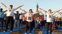 1.200 warga ikuti yoga massal.