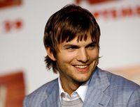 Ashton Kutcher Sampai Kim Kardashian, Ini Deretan Seleb yang