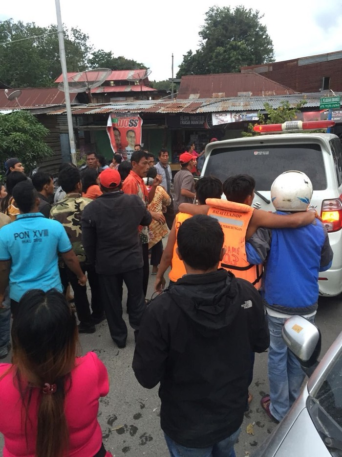 Evakuasi korban KM Sinar Bangun yang tenggelam di Danau Toba (Foto: Dok. BPBD Kabupaten Samosir)