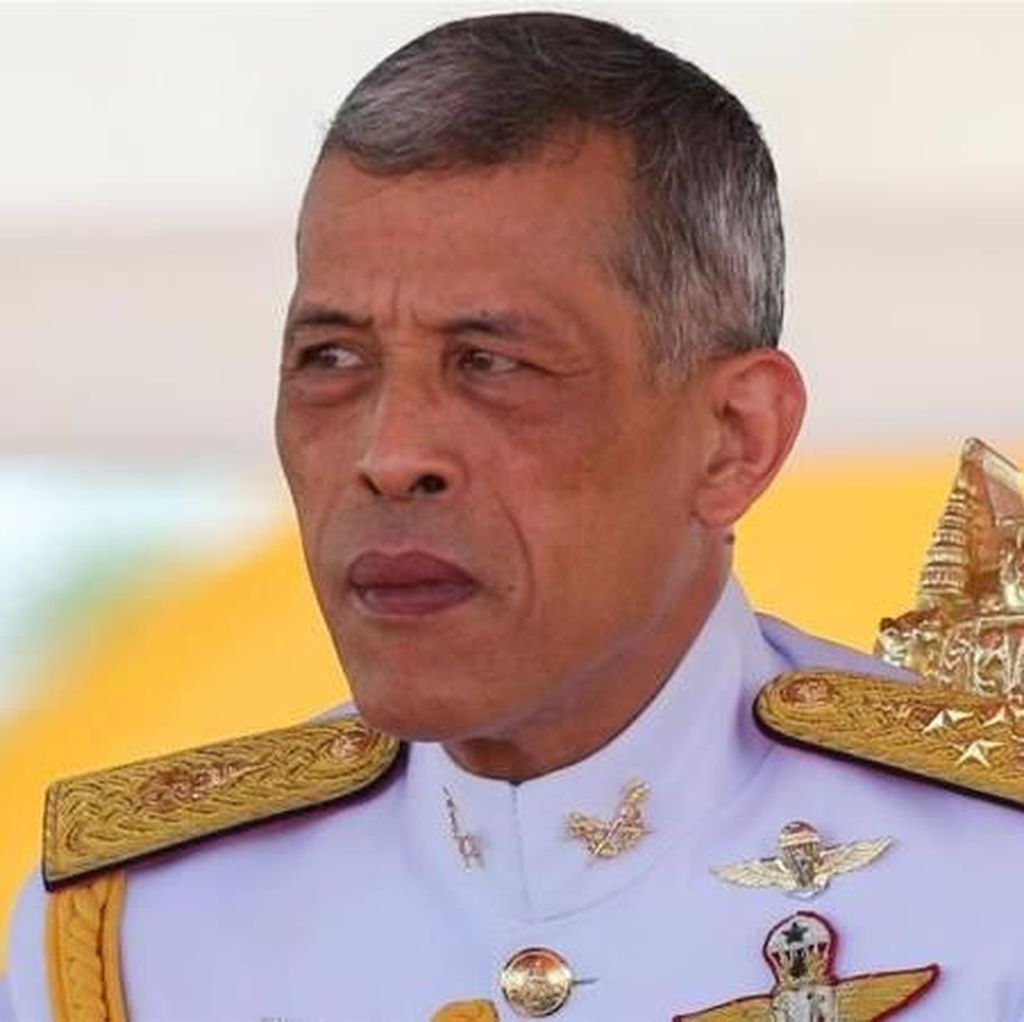 Raja Thailand Terima Warisan Rp 422 Triliun