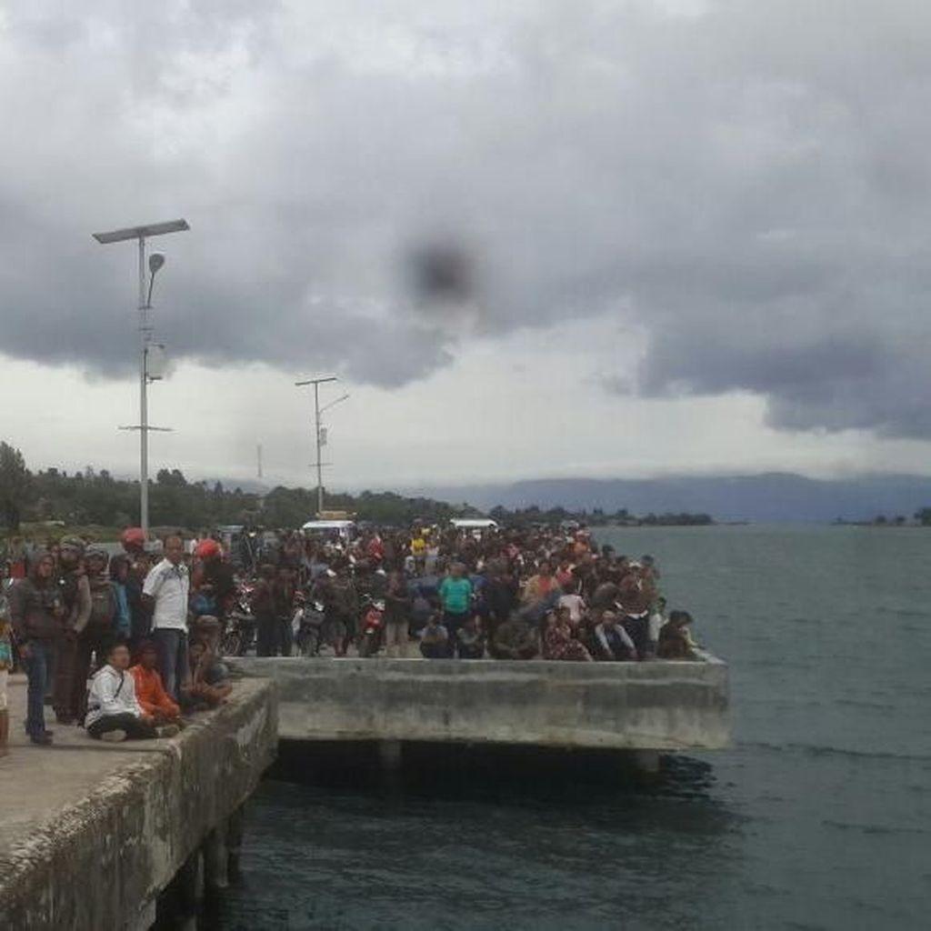 Pencarian Korban Kapal Tenggelam di Danau Toba Dilanjut Hari Ini