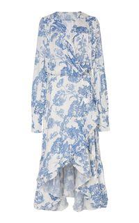 Meghan Markle Bergaun Floral Rp 77 Juta di Pernikahan Keponakan Putri Diana