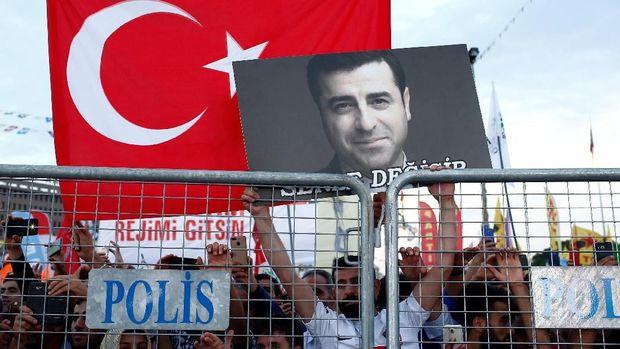 Selahattin Demirtas sering dijuluki 'Obama-nya Kurdi.'