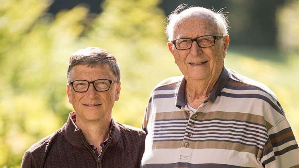 Bill Gates Ternyata Ada Dua Orang