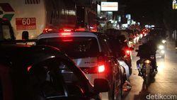 Cuti Bersama dan Pencairan THR Mepet Lebaran Sumbang Kemacetan Mudik