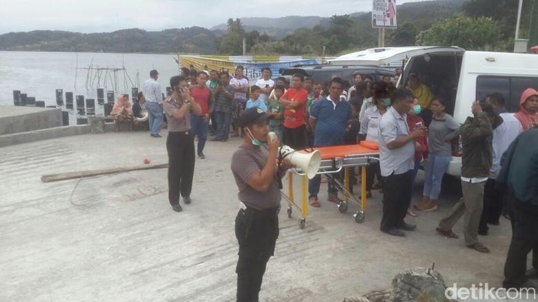 Pencarian Korban Kapal Tenggelam di Danau Toba Dilanjut Besok