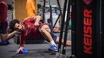Jaga Tubuh Fit Pasca Cedera, Ini Gaya Mohamed Salah Nge-gym
