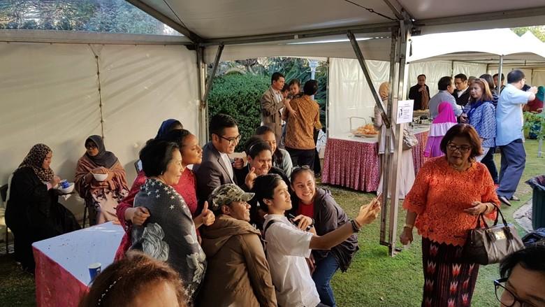Semangatnya Para WNI Rayakan Idul Fitri di Australia Hingga Peru