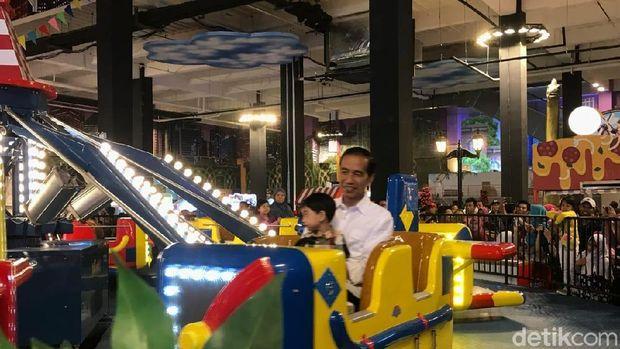 Jokowi dan Jan Ethes /