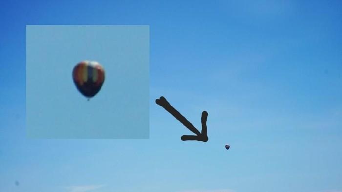 Penampakan balon udara yang ditemui pilot maskapai penerbangan swasta dalam perjalanan Yogyakarta-Jakarta. (Foto: Dok. Ariya Cakra)
