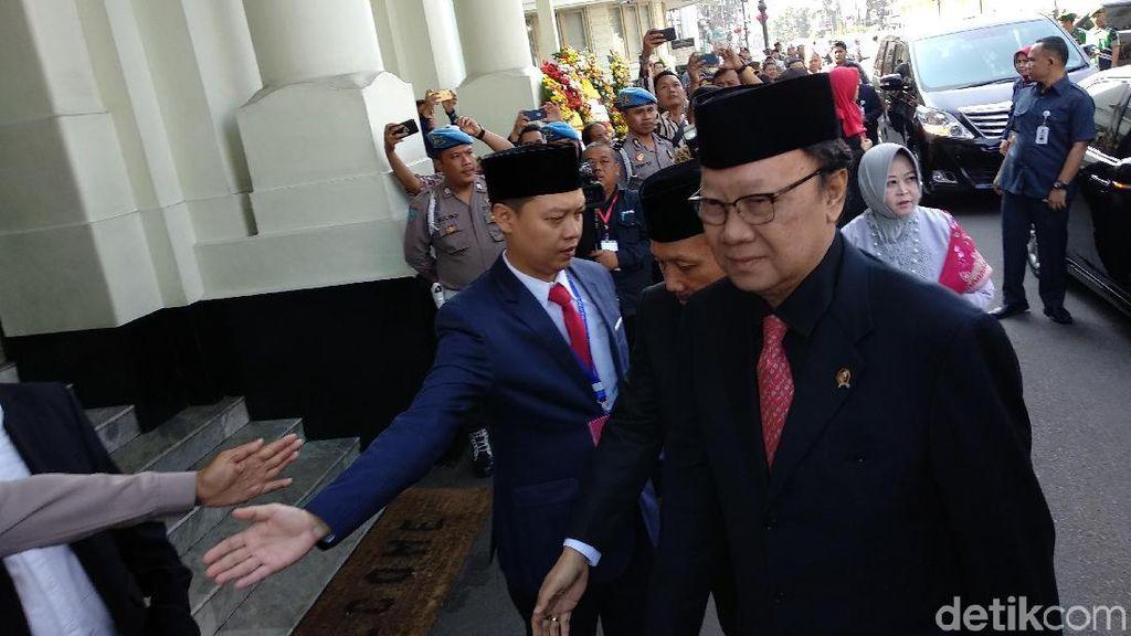 Layaknya Gubernur Terpilih, Pelantikan Iriawan Jadi Pj Meriah
