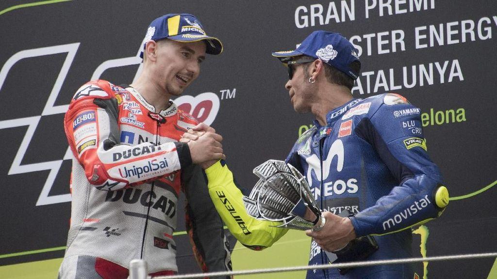 Lorenzo Takkan Bisa Berteman dengan Rossi, tapi...