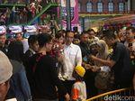 Foto: Jokowi Bikin Heboh Pengunjung Transmart Bogor