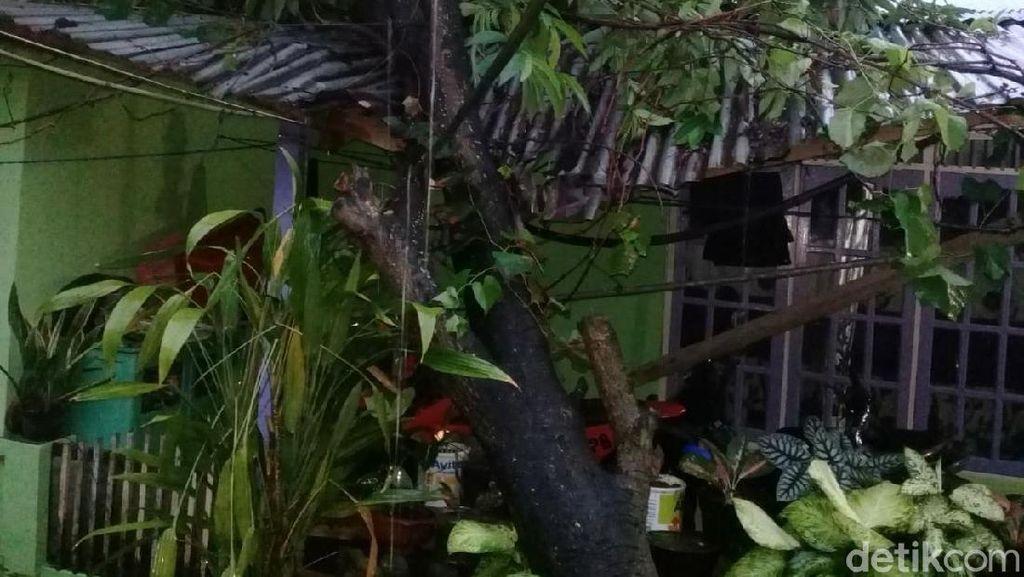 Puting Beliung Terjang Lima Daerah di Aceh