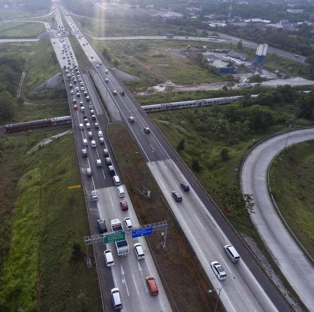 Tol Cipali Menuju Jakarta Kembali Dibuka untuk 2 Arah