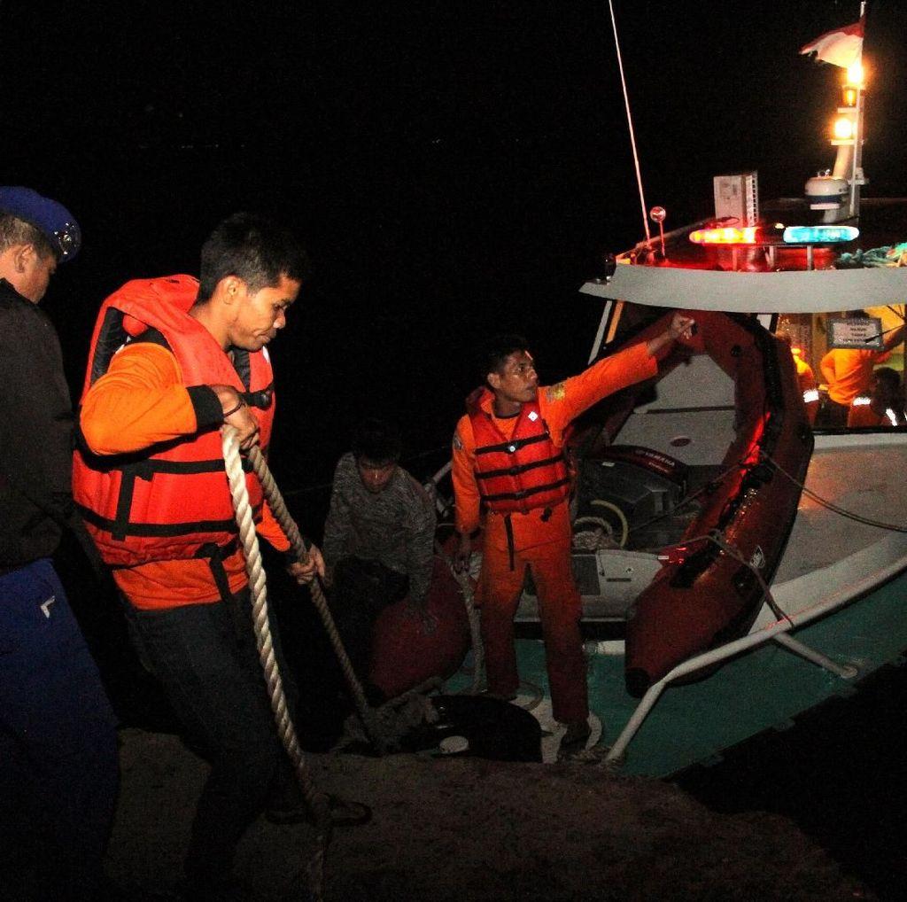 18 Penumpang Kapal Tenggelam di Danau Toba Ditemukan Selamat