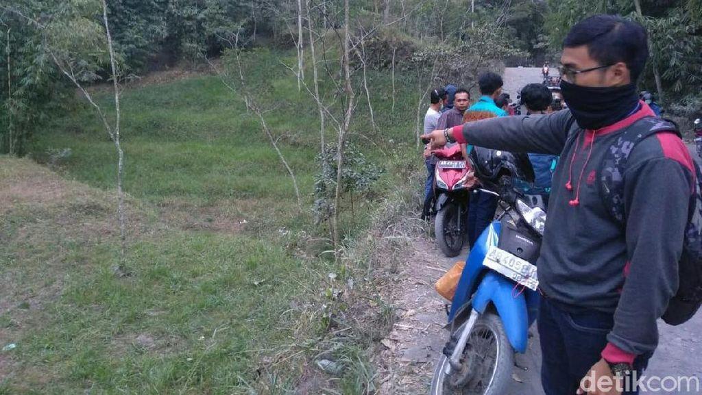 Jip Lava Tour Merapi Terperosok ke Jurang, 1 Tewas 4 Luka