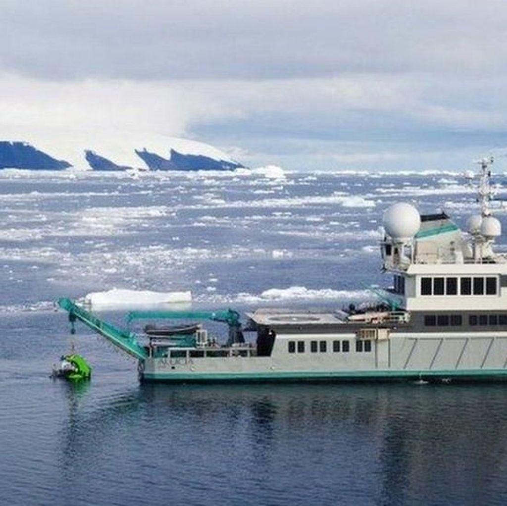 Kehidupan di Kedalaman 1 Km di Bawah Es Antartika