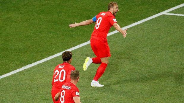 Harry Kane mencetak dua gol kemenangan Inggris saat mengalahkan Tunisia.