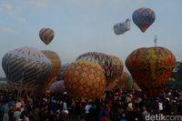 Balon udara siap terbang