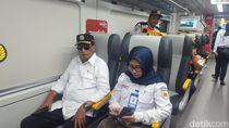 Naik Kereta, Menhub Cek Arus Balik Lebaran ke Bandara Soetta