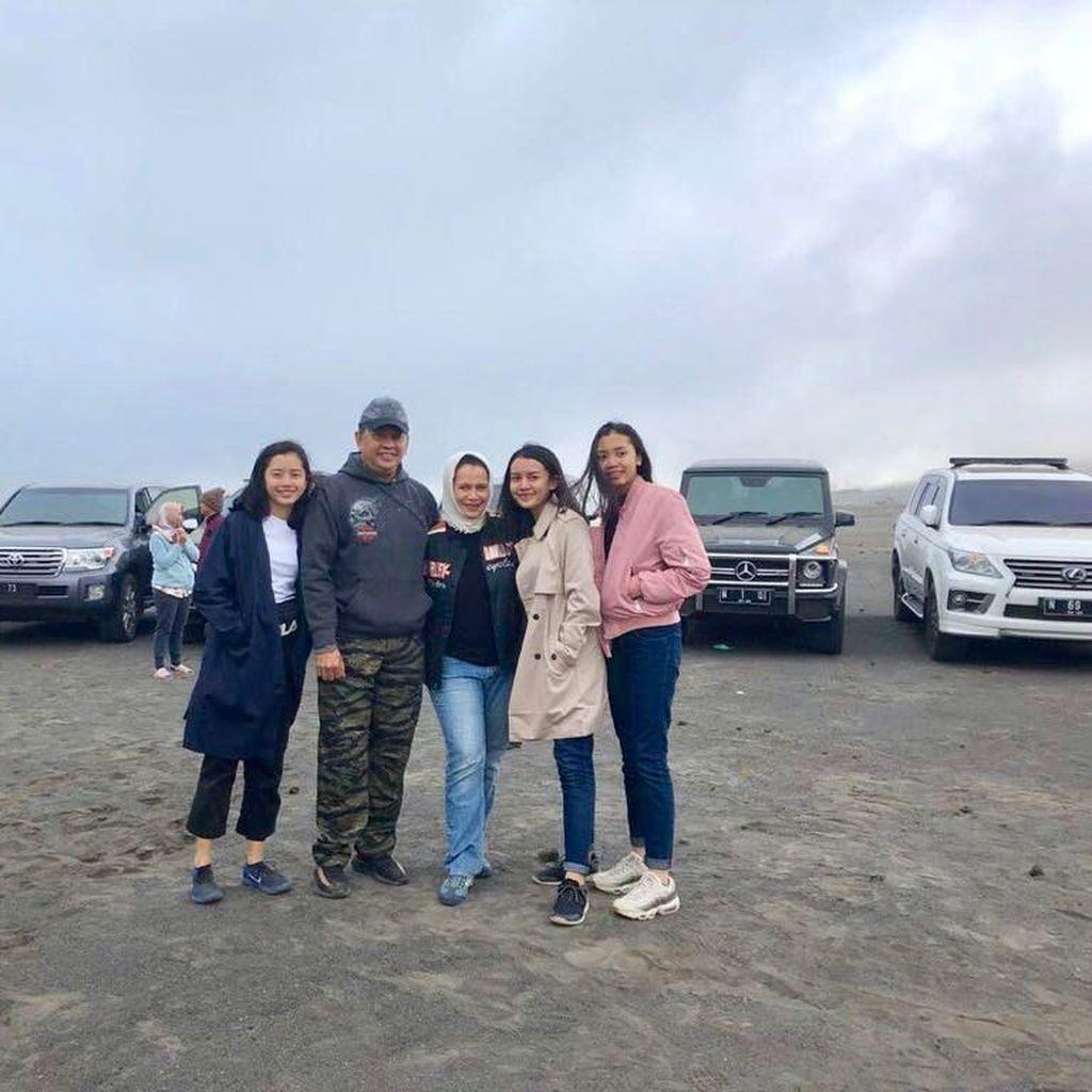 Cerita Ketua DPR RI Terbius Keindahan Bromo