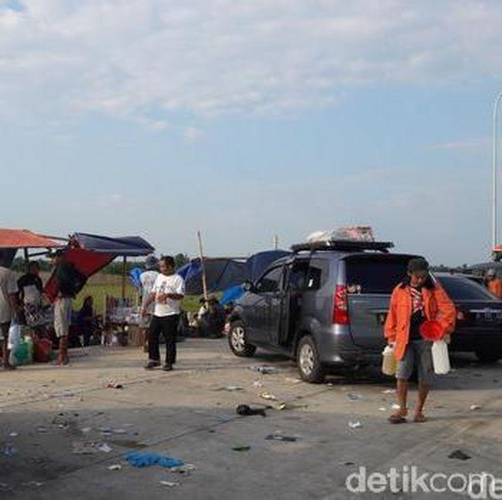 Siti Nurbaya Ajak Tiga Kementerian Perangi Sampah Plastik