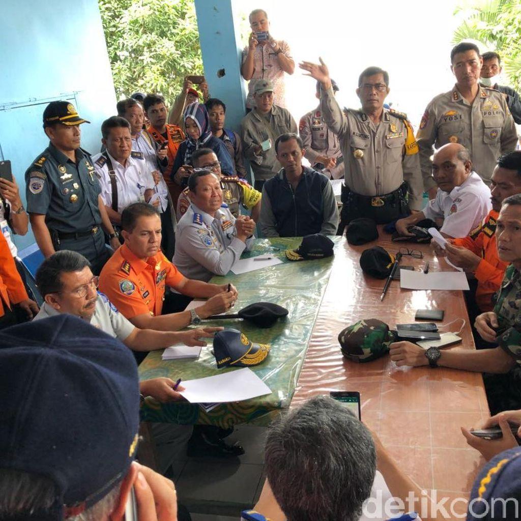 5 Tim Dibentuk untuk Tangani Korban Kapal Tenggelam di Danau Toba