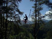 Pemandangan indah Hutan Malino