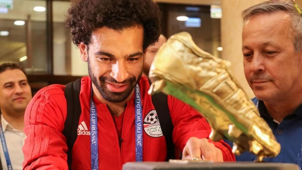 Ini Dia Kue Ulang Tahun Mohamed Salah yang Beratnya 100 Kg
