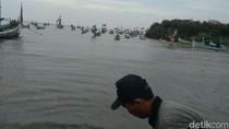 Gelombang Capai 3 Meter, Nelayan di Probolinggo Libur Sepekan