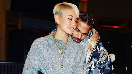 Kemesraan Agnez Mo dan Chris Brown hingga Cantiknya Demi-Leigh Nel-Peters