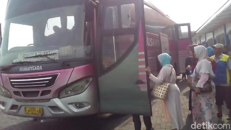 Pemudik Meningkat, Pengelola Terminal di Kudus Tambah 20 Bus