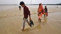 Hujan Lebat, Bangunan Suci di India Terendam