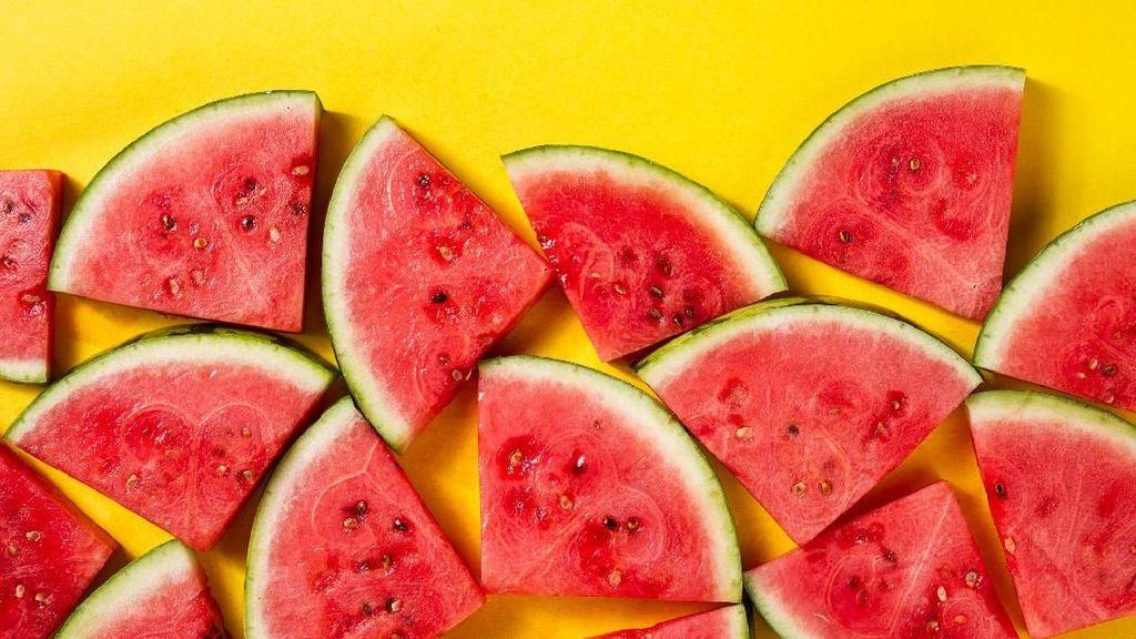 Tekanan Darah Naik Usai Lebaran? Mulailah Konsumsi 10 Makanan Sehat Ini