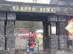 Hutan di Gunung Lawu Terbakar, 200 Pendaki Via Cemoro Sewu Belum Turun