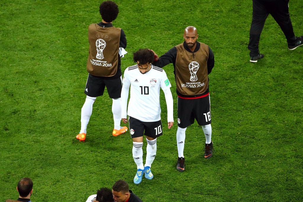 Meski negaranya harus angkat koper lebih dulu, tetapi Mohamed Salah tetap hangat jadi bahan obrolan netizen menempati nomor 10. Foto: Michael Dalder/Reuters